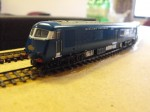 Nigel's converted Blue Pullman on the 2mm test track