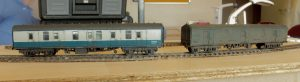 A BG and heavily weathered GUV. The aim was to replicate one of those vans where you couldn't quite tell what the livery was. I suspect it is just about due for it's first coat of Rail blue. The BG is looking shabby but not quite as decrepit.